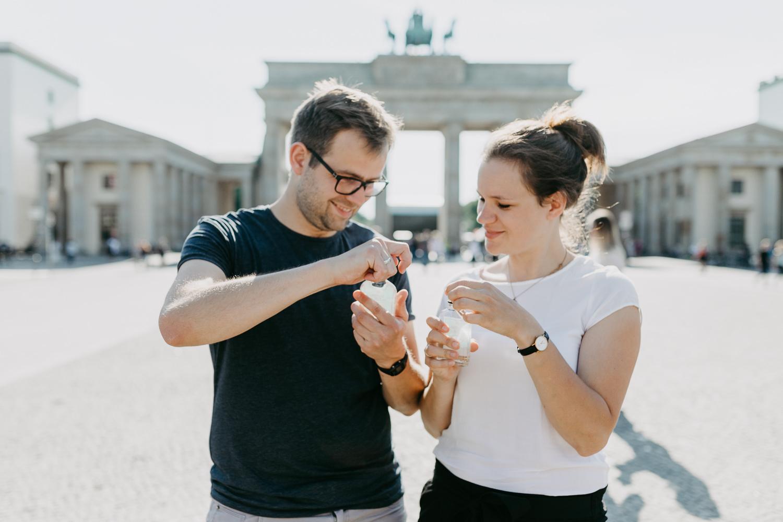 Paarshooting Engagementshooting Abschiedsgeschenk Berlin Fotoshooting Authentisch Geschenk Fotoshooting Berlin Anna Frey Fotografie