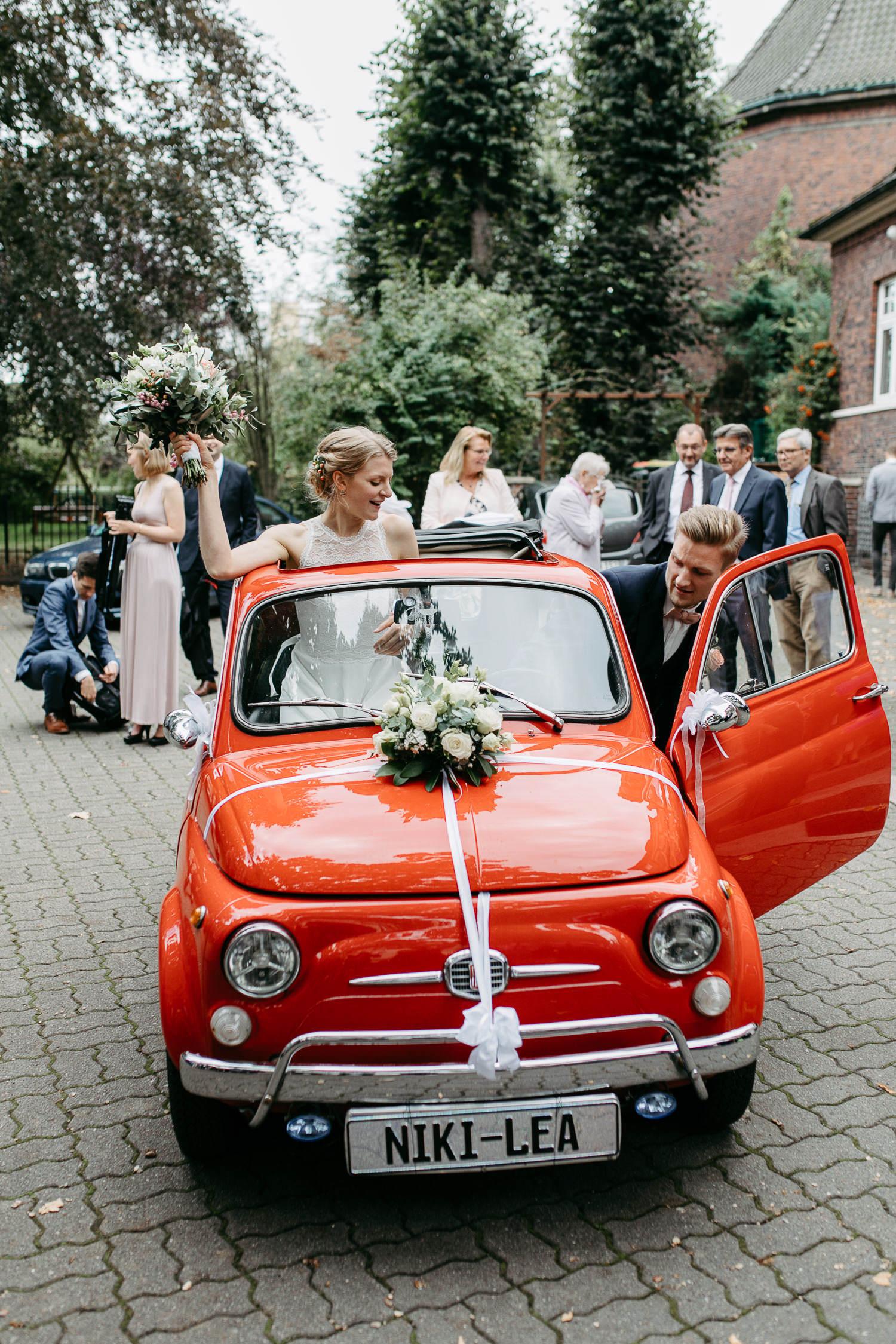 Hochzeit Hamburg Brautauto Hochzeitsauto Inspiration Fiat rot